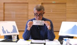 Retirees will receive a contribution of five thousand, the government has decided