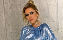 Hejdová's cold shower: Unexpected reactions to her swimsuit photo!