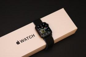 Apple Watch怎麼選?最超值的 Watch SE 開箱+實測來囉