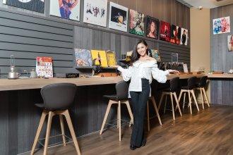 艾怡良擔任嘉賓 Sony Store 遠百信義直營店正式開幕!!超狂福袋限量開賣