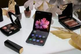 三星Galaxy Z Flip摺疊手機功能特色與上市價格資訊來囉!自拍直播超適合