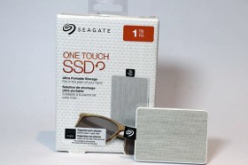 1TB 超輕薄時尚外接式硬碟 SEAGATE ONE TOUCH SSD 開箱評測