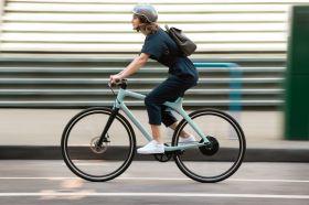 這台超可以!! GOGORO EEYO 1 極輕量智慧電動單車正式發表