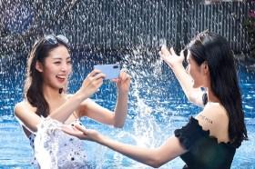 實機照看這篇!Sony Mobile萬元防水夜拍機 Xperia 10 III潮到不怕入水