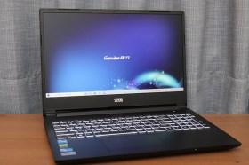 強大效能與擴充性!Genuine ZEUS 15H 15.6吋144Hz窄邊框電競筆電開箱評測