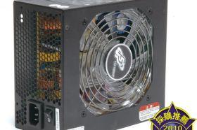 FSP EVEREST 85PLUS 550 電源供應器
