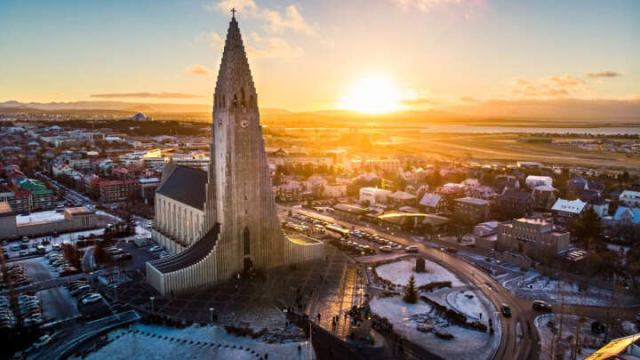 How Iceland's Scientific Response To COVID-19 Has Hugely Paid Off - IFLScience
