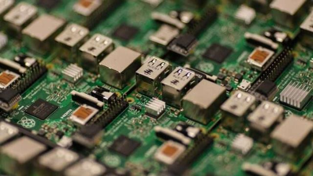 Learn Bitcoin, Robotics & IoT With Raspberry Pi For Only $34 - IFLScience