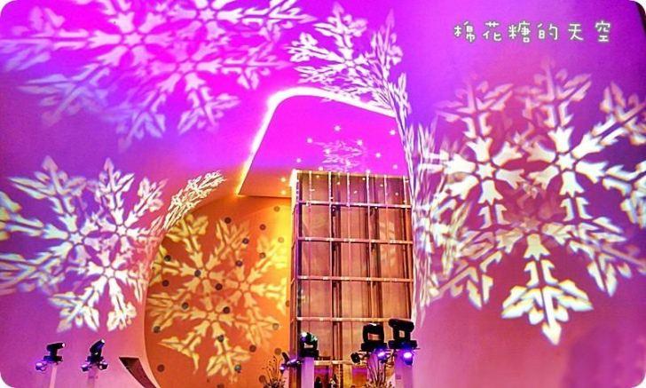 20191218174700 49 - 一年一度台中聖誕夢幻光影秀只有這裡有!中西合併超有氣氛!