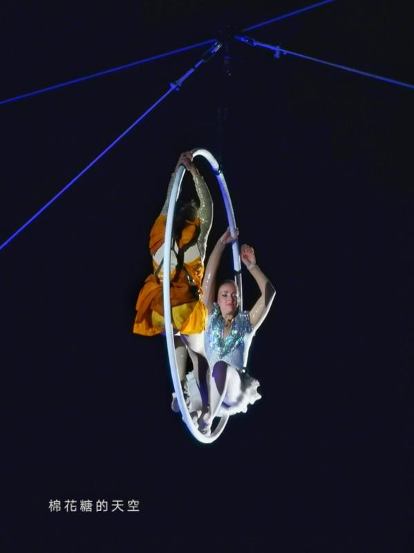 20200210160432 96 - 台灣燈會后里馬場燈區每晚都有高空特技表演~免費入場超好看!