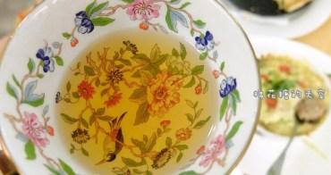 《台中美食》大遠百裡也有優雅三層下午茶囉!古典玫瑰園最新菜單大降價~超划算,高級英式茶具、高檔特選茶葉不馬虎唷!
