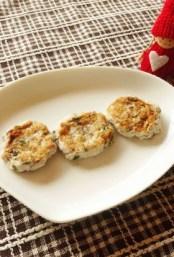 【離乳食後期】魚と里芋のまんまる焼き