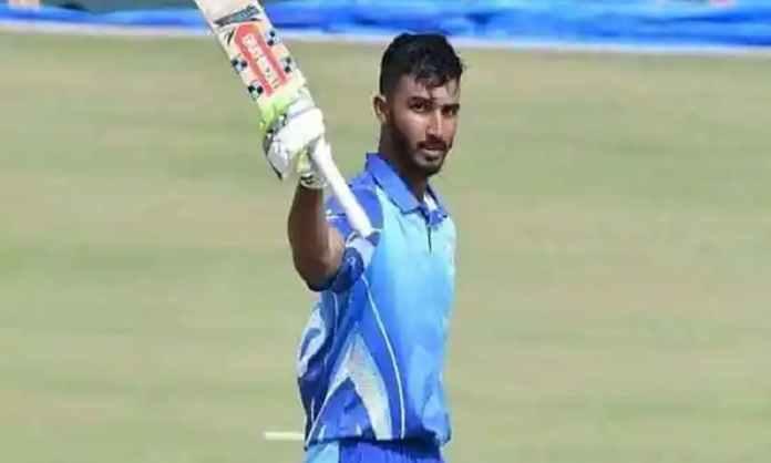 Cricket Image for Karnataka Reach The Semi Finals With A Big 80 Run Win Over Kerala At Vijay Hazare