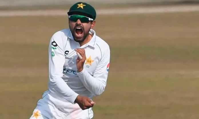 Cricket Image for बाबर आजम ने की एमएस धोनी के अनोखे रिकॉर्ड की बराबरी, ऐसा करने वाले पाकिस्तान के इक