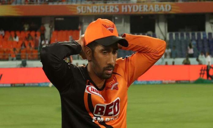 Cricket Image for 'खिलाड़ी के कोरोना पॉजिटिव रिपोर्ट सुनकर' बुरी तरह से डर गया था परिवार, रिद्धिमान