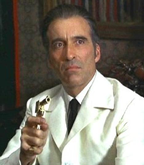 Francisco Scaramanga (Lee)