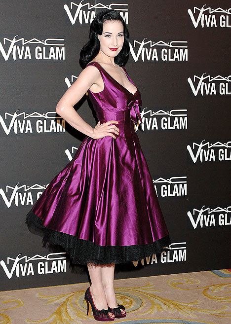 https://i2.wp.com/img.dailymail.co.uk/i/pix/2007/08_03/DitaVonTeeseG_468x657.jpg