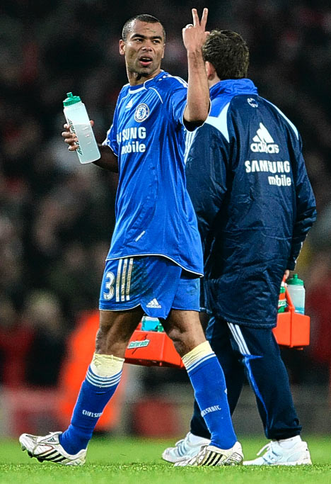 Ashley Cole chose club money over club loyalty by making the short trip west to Chelsea FC