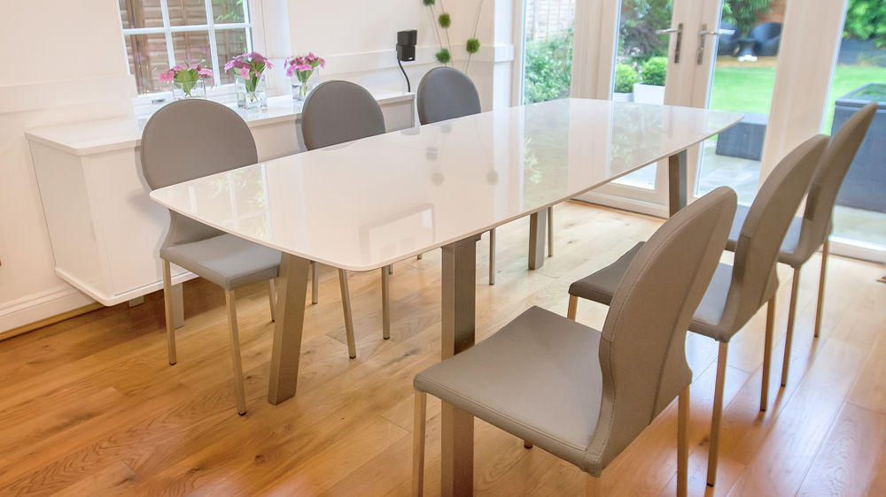 White High Gloss Extending Dining Set Grey Or White Round Back Chairs