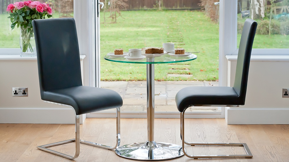 Naro 2 Seater Round Glass Dining Table