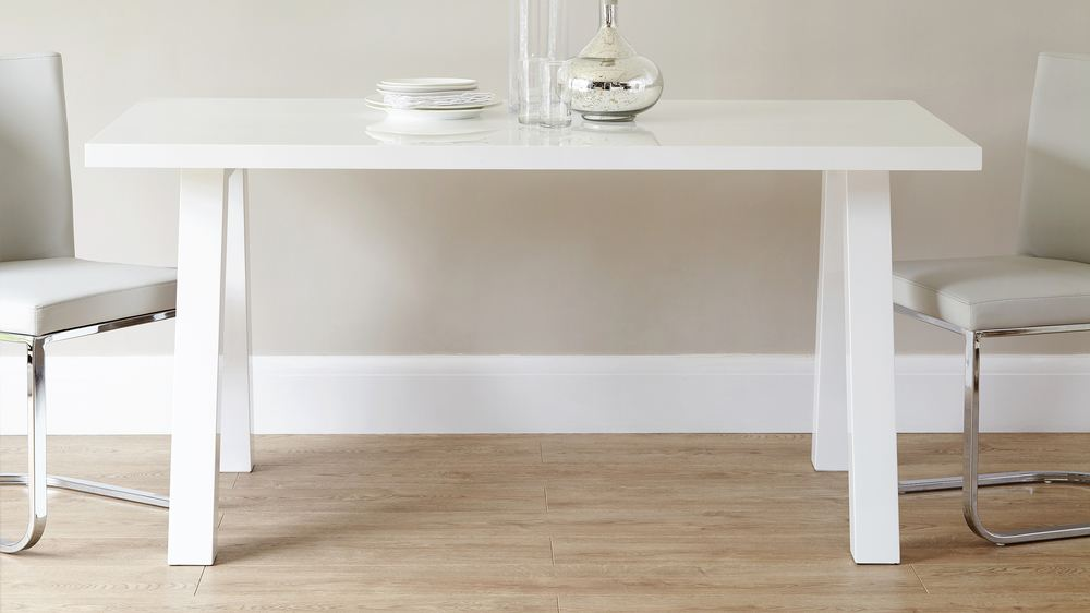 Zen And Form 6 Seater White Gloss Dining Table And Chairs Danetti