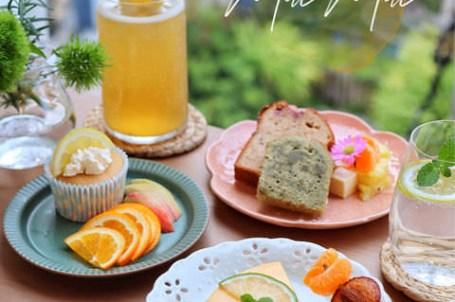 【台中x食記】Mac Mac。審計新村新開結合美髮甜點咖啡廳。純白獨棟韓系風格適合拍照。甜品銅板價50元起。