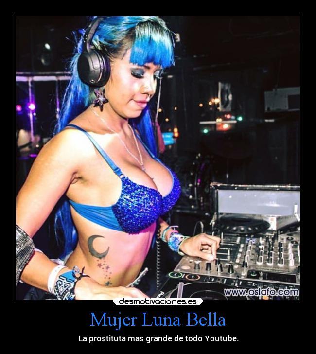 Mujer Luna Bella La Youtuber New Age Mk Ultra Abducida Por Ets