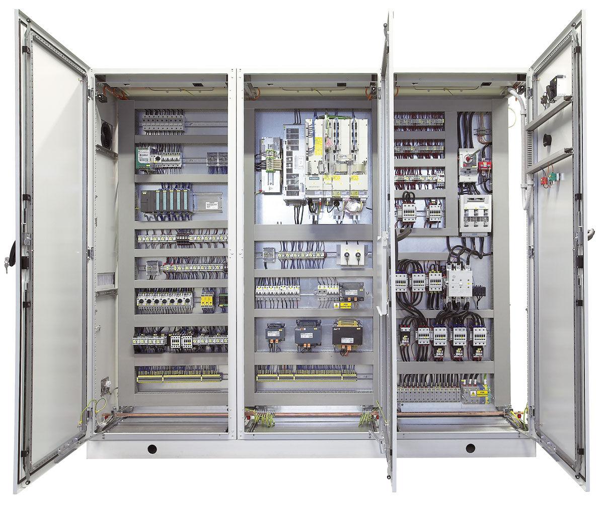 armoire de distribution electrique electrique sur pied a portes battantes