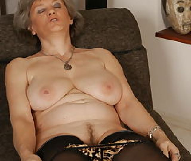 Mature Playing Slut Pics