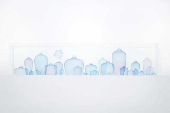 nendo, Jellyfish Vase - Photo Akihiro Yoshida