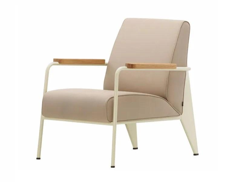 fauteuil rembourre avec accoudoirs fauteuil de salon by vitra