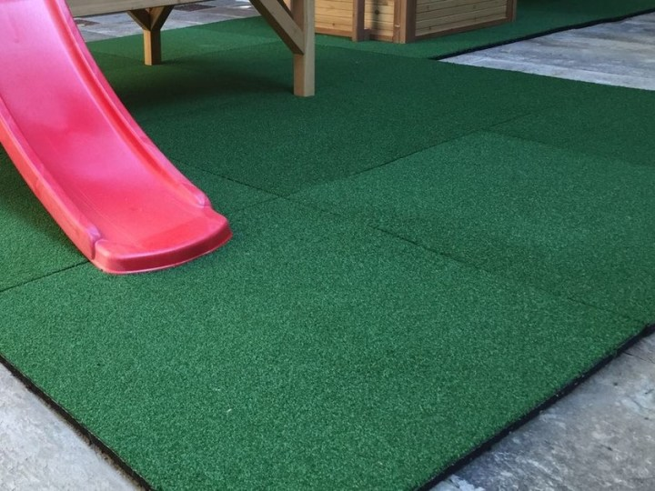 Synthetic grass Shock proof floor tile GREEN SOFT By SAFE LOG