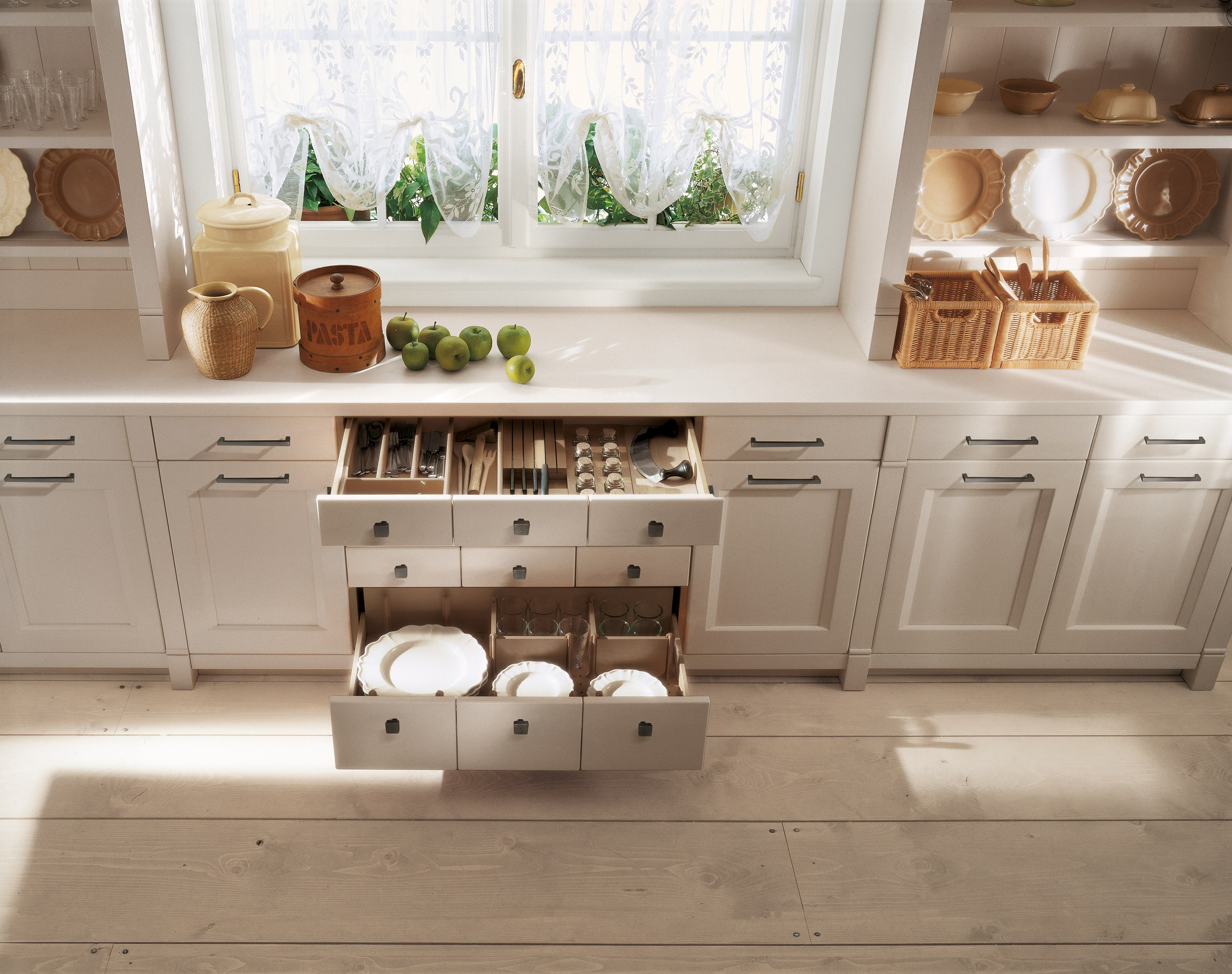 ENGLISH MOOD Provencal Style Kitchen By Minacciolo