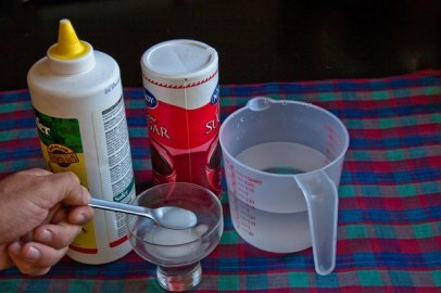 home remedies for roaches baking soda