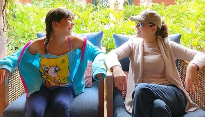 Resultado de imagen para Fotos de Thalía y su hija, Sabrina Sakaë