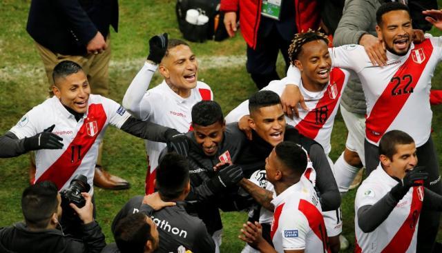 Perú vs. Chile. (Foto: AFP)