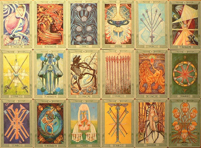 An Insiders Guide To Tarot Amp Other Readings Elephant