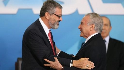 O presidente Michel Temer deu posse ao novo ministro da Justiça, Torquato Jardim. Foto: Nilton Fukuda/Estadão
