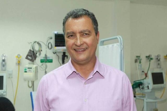 O governador da Bahia Rui Costa