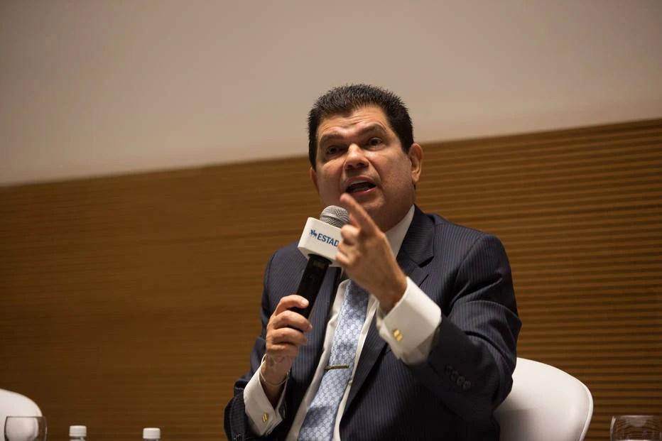 Mauro Benevides diz que intervenções no câmbio devem passar por comitê - Política - Estadão
