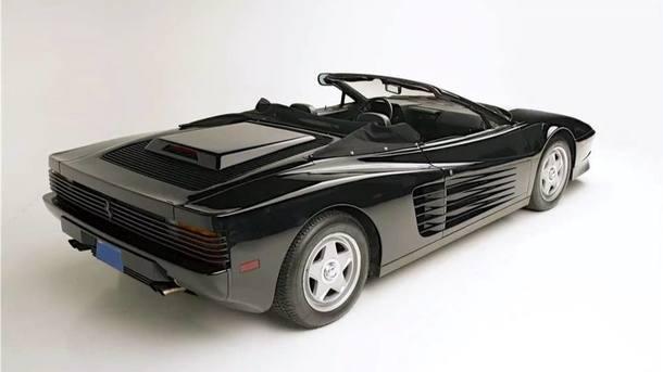 Ferrari Testarossa usada por Michael Jackson