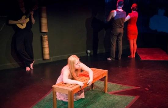 Tathiana Piancastelli é a protagonista Bella da peça Menina dos Meus Olhos, de sua autoria