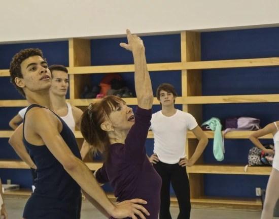 """O """"aprendiz"""" Luiz Fernando da Silva, 19, está no Miami City Ballet há um ano e meio. Seu sonho é fazer parte integral da companhia de dança"""
