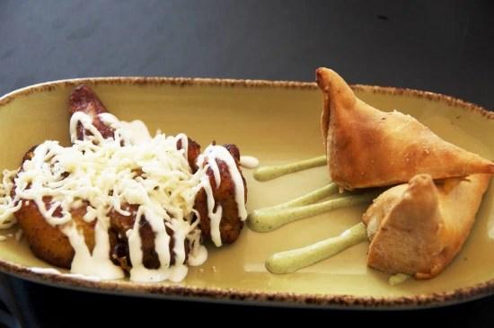 """""""Chicken ropa vieja"""" - empanada de frango do Wynwood Kitchen & Bar - é o primeiro prato da experiência gastronômica"""