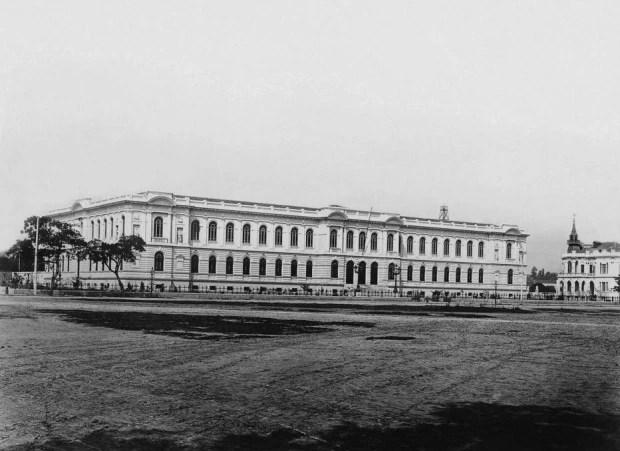 Prédio da Escola Normal foiinaugurado em 2/8/1894