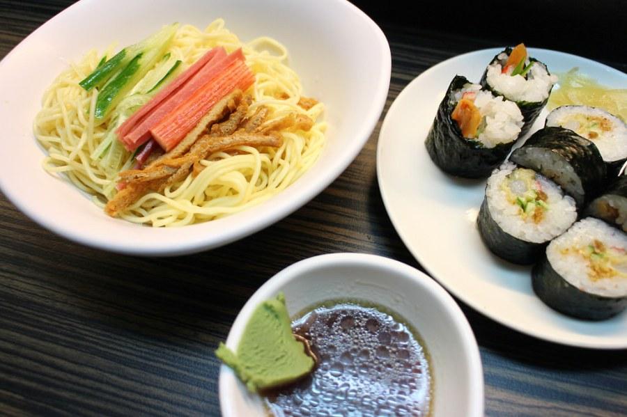 台南 一般人去日式料理店吃壽司,但到了夏天『涼麵』是歸仁天吉屋食堂的消暑好涼方 台南市歸仁區|天吉屋食堂