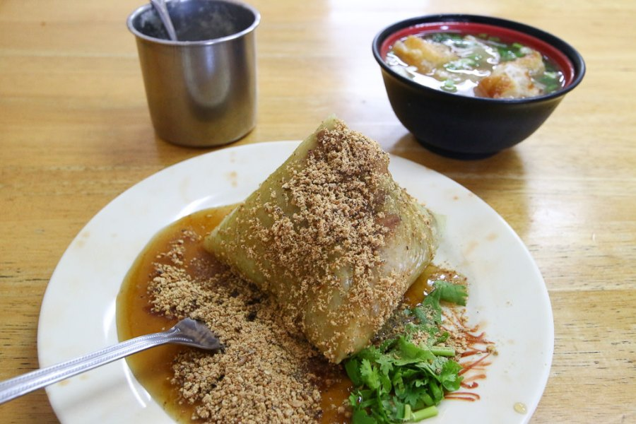 台南 永康廟埕前的肉粽菜粽老店,端午節粽子吃哪間? 台南市永康區|喜多鄉味肉粽