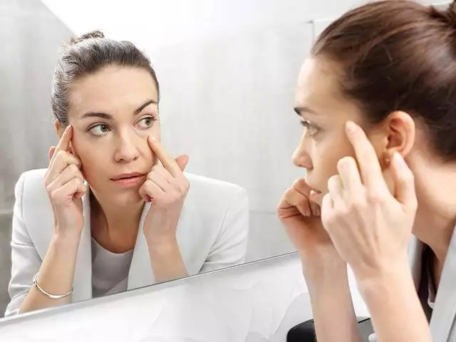 Treat wrinkles and puffy eyes in a jiffy: 7 hacks to glow this Valentine's Day