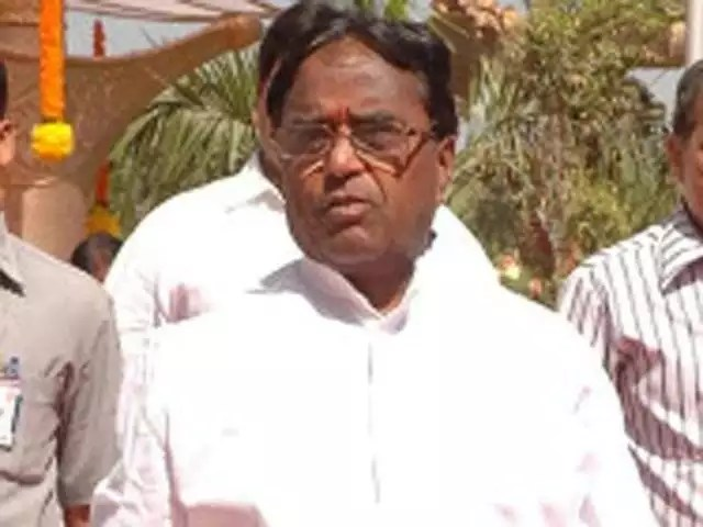 Flash... పొన్నాల లక్ష్మయ్య మనవడు కారు ప్రమాదంలో మృతి - Congress Leader Ponnala Lakshmaiahs Grandson Killed In Car Accident