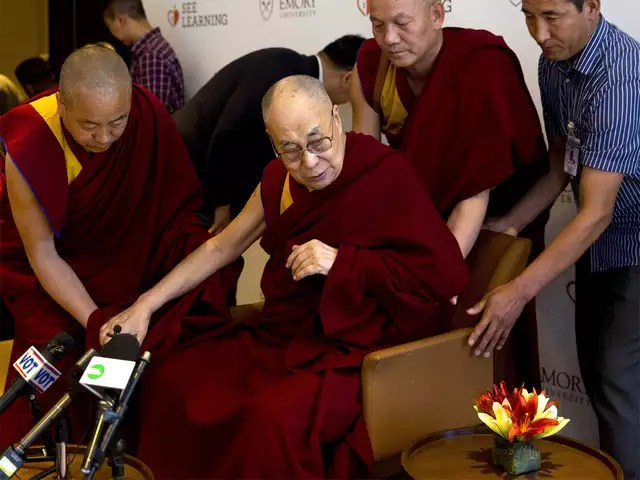 dalai lama hospitalized in delhi